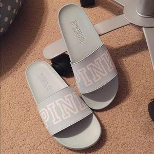 (BRAND NEW) PINK poolside/room slippers